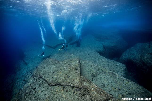 与那国島の海底遺跡は自然現象と言われている