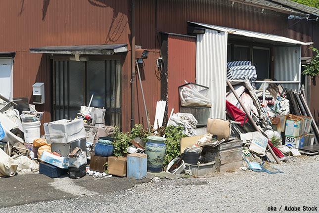 ゴミ屋敷の原因とは?片付け方や解決方法を探る!