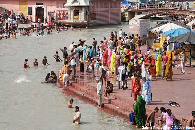 ガンジス川がひどい汚染状況に!聖なる川が汚れてしまった原因とは?