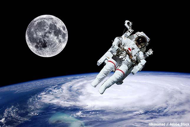 究極のリサイクル?宇宙飛行士の飲料水はおしっこを再利用!