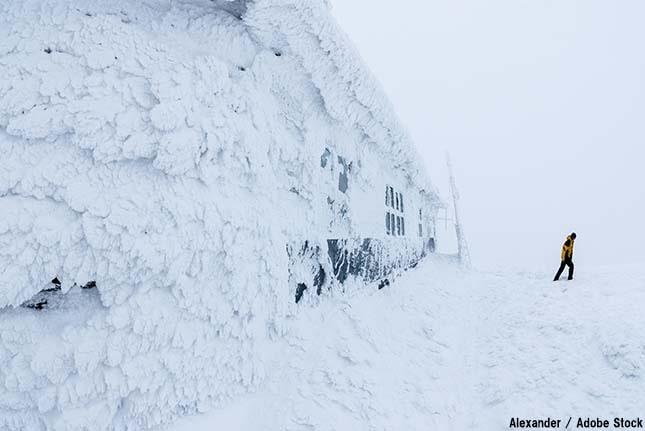 温暖化で永久凍土が融解!ウィルスや温室効果ガスが発生する恐れ