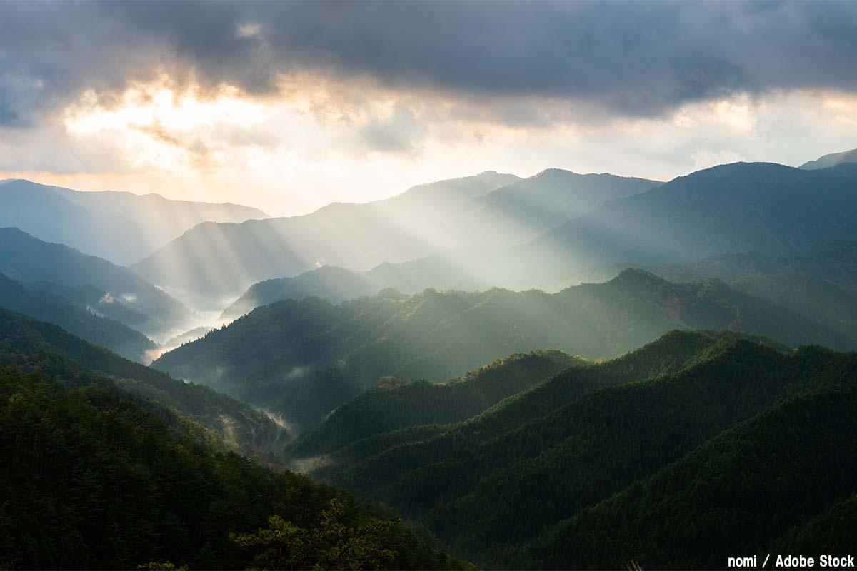 山岳信仰とは?人が山を神とした理由や対象の山をご紹介!