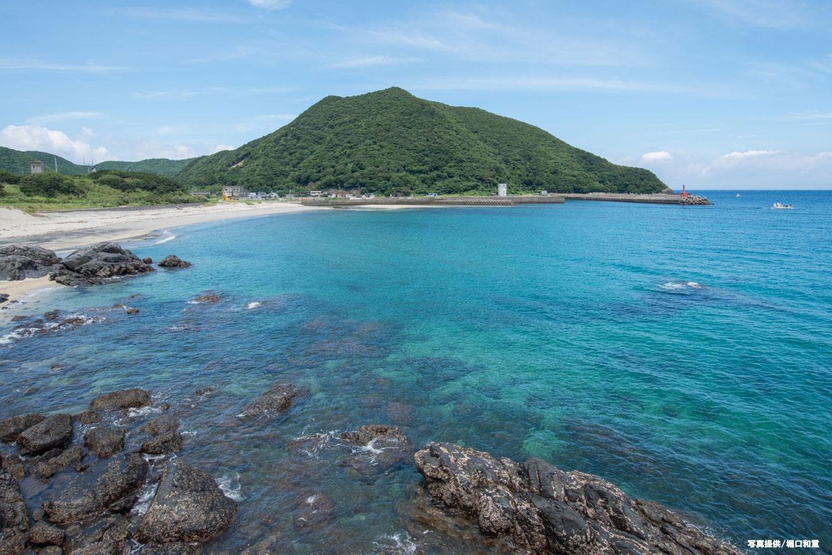 原始の自然溢れる屋久島。豊かな森が育む魚種豊富な海。水中カメラマン堀口和重さんによるレポート