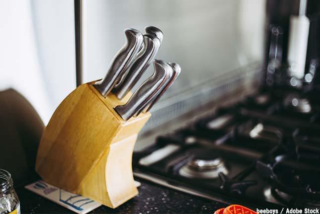 包丁のような刃物の処分方法は?捨てる前の注意点をチェック