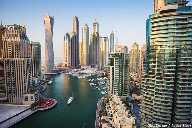 地球温暖化の進めば巨大モールで生活する?ドバイに見る人類の未来