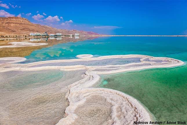 死海が縮小して消滅の恐れ!もう水上でのんびり浮かべないのか?